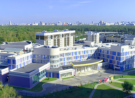 2 детских сада и школа